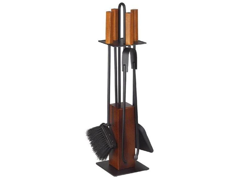 Komplet praktycznych akcesoriów kominkowych na drewnianym stojaku, czarna stal lakierowana