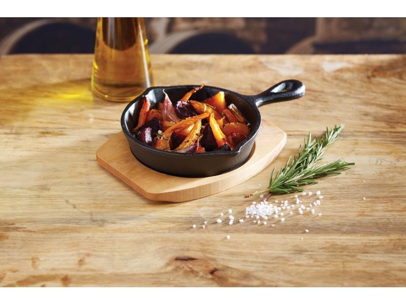 Patelnia żeliwna z deską do serwowania - kwadratowa / Kitchen Craft