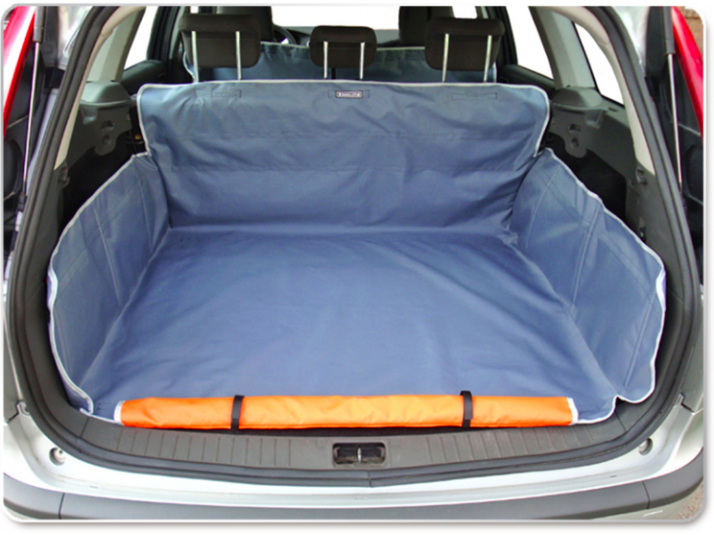 Duża Mata ochronna do samochodu  (110x105x30 cm)