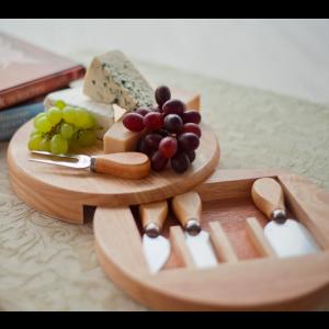 Deska do krojenia serów + 4 eleganckie noże