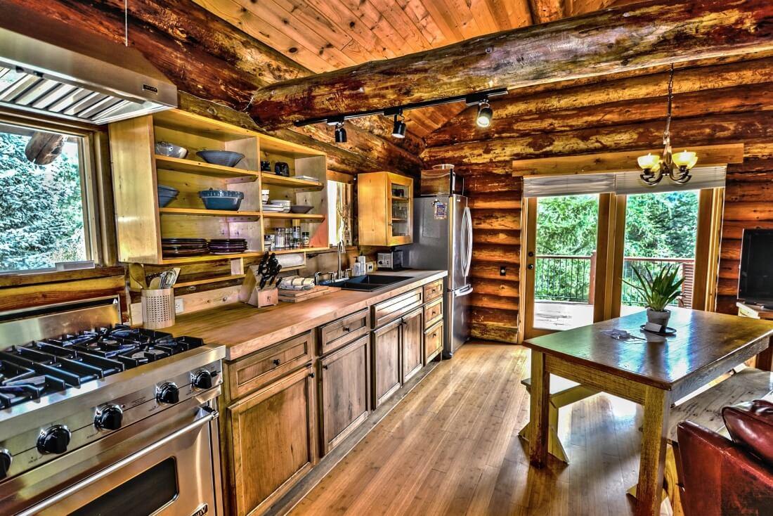 Jakie drewno będzie najlepsze do budowy domu z bali