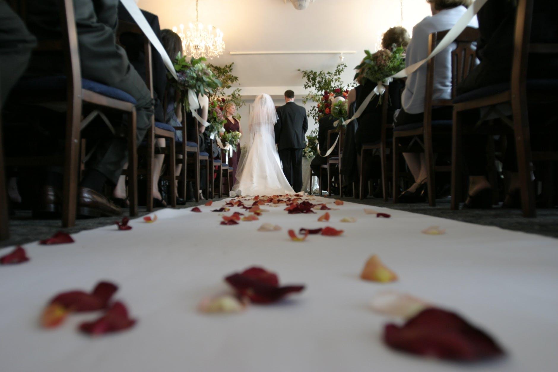 Koszt ślubu cywilnego i kościelnego