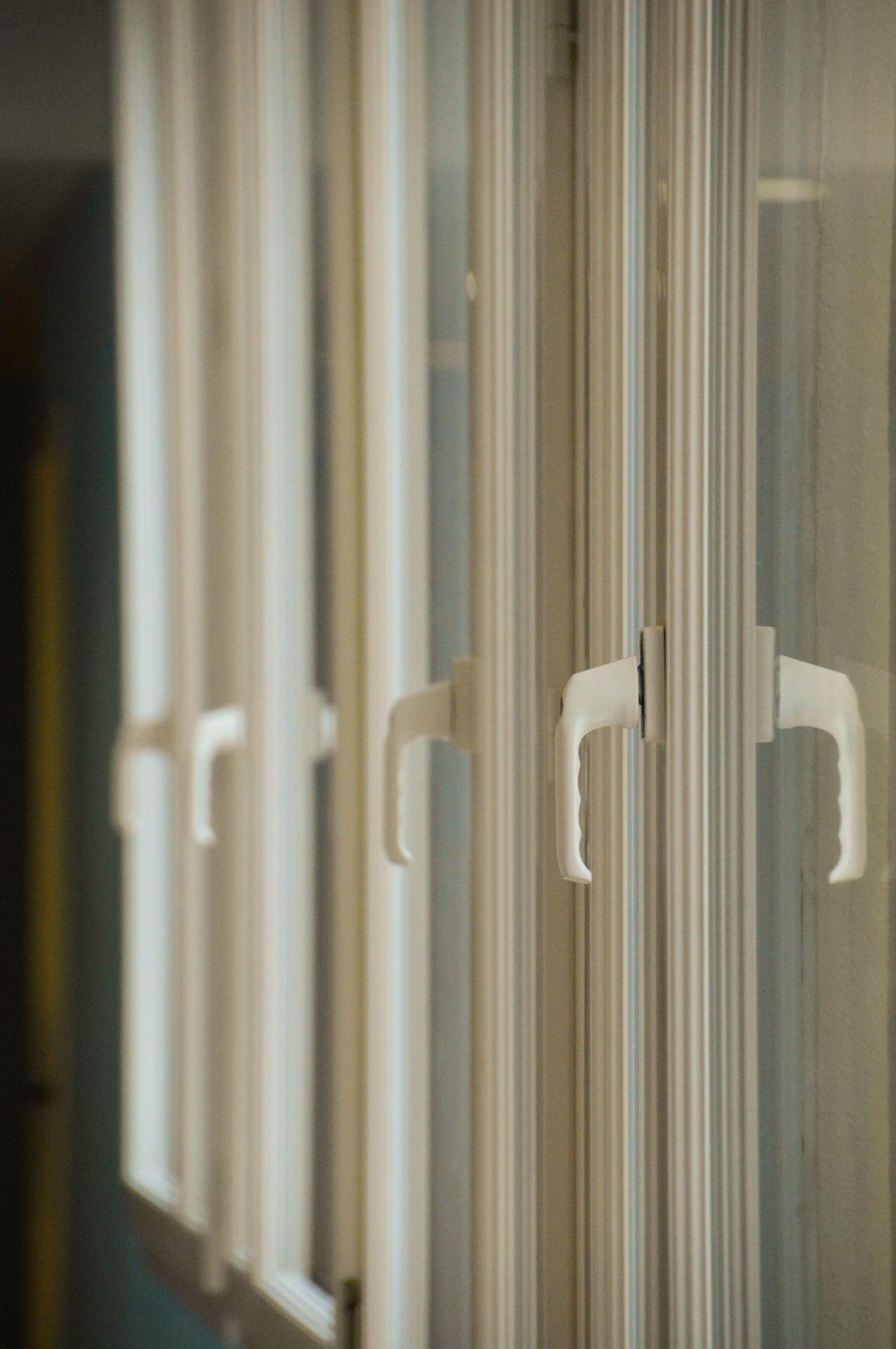 Wybór okien - drewniane czy PCV?